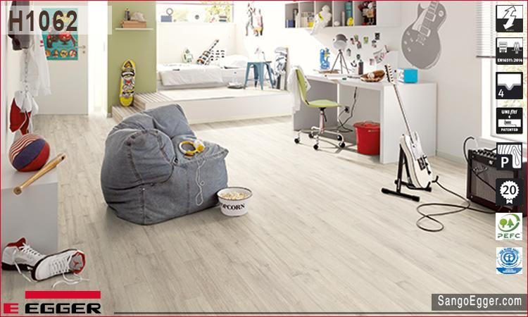 Nhà mẫu lắp sàn gỗ Egger h1062