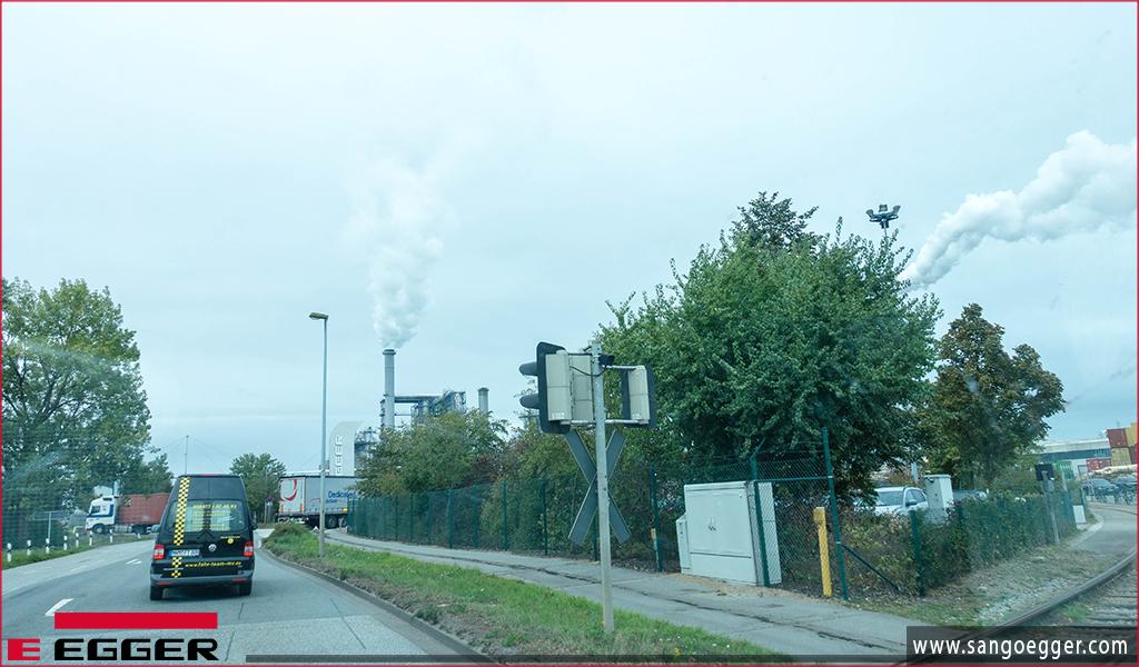 Nhà máy sản xuất sàn gỗ Egger tại Wismar Germany