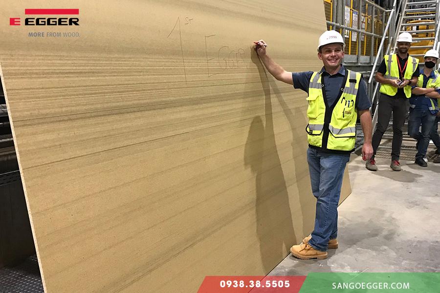 Nhà máy gỗ Egger tại Mỹ đi vào hoạt động