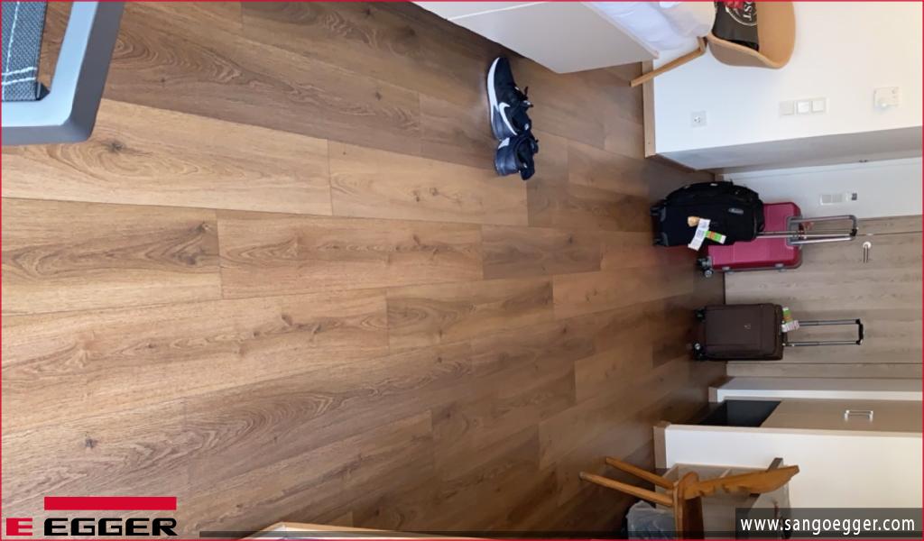 Sản phẩm sàn gỗ Egger lắp đặt khách sạn tại Áo