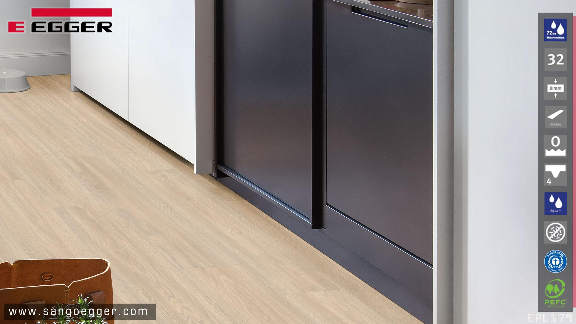 Egger EPL179 Aqua lắp đặt phòng bếp tối ưu